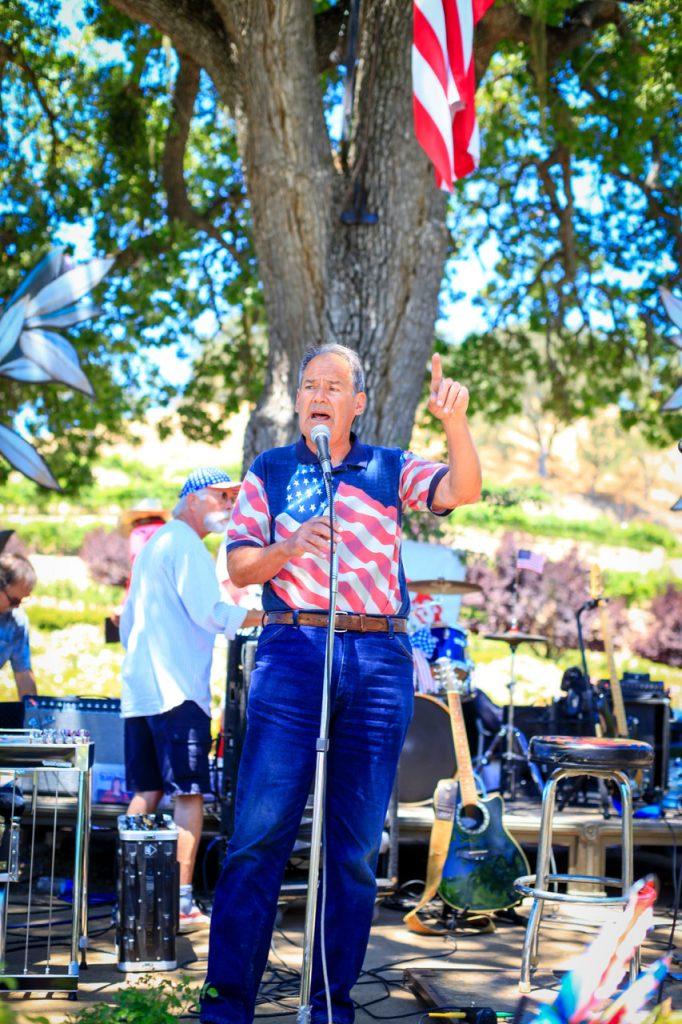Warren Frankel Sculpterra Winery 4th of July American Flag